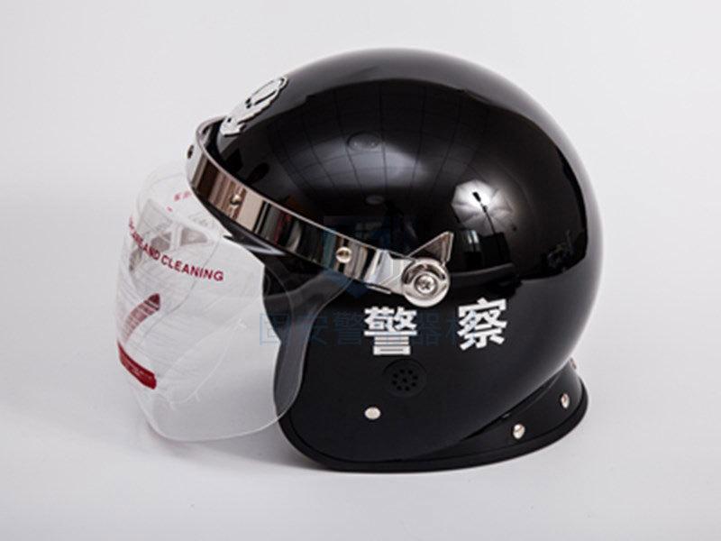 我们该如何选购警用防暴头盔?
